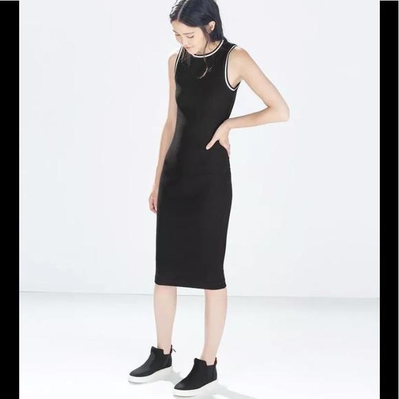 82928c154c Zara Medium black ribbed midi dress open back